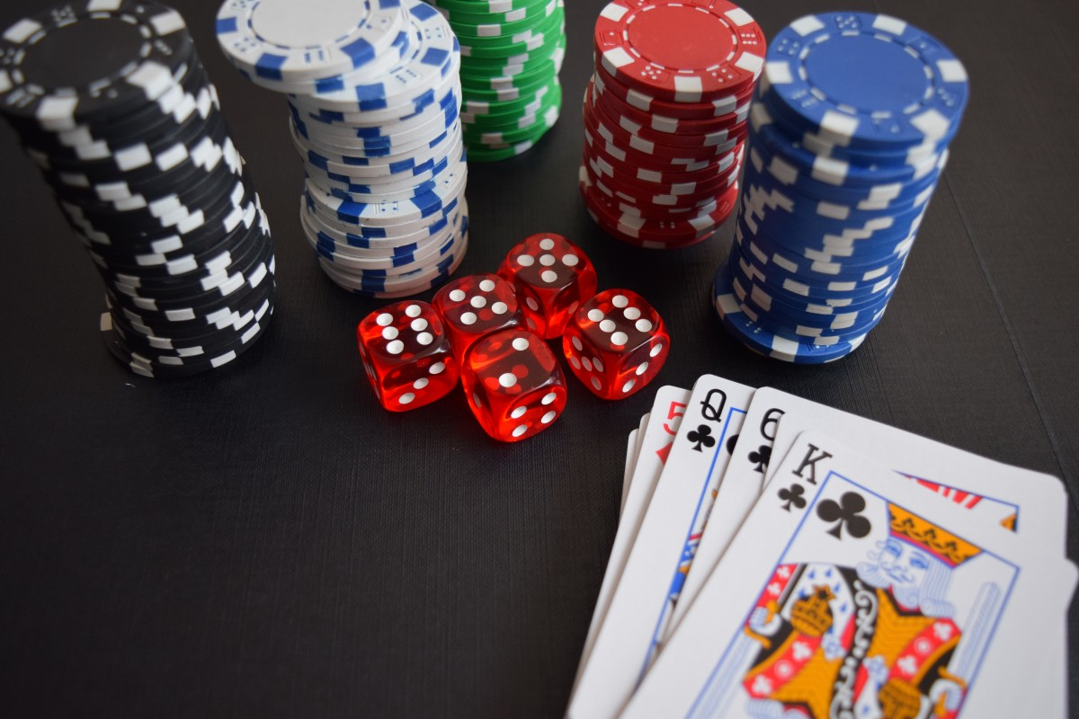 Casino_Chips_and_Cards