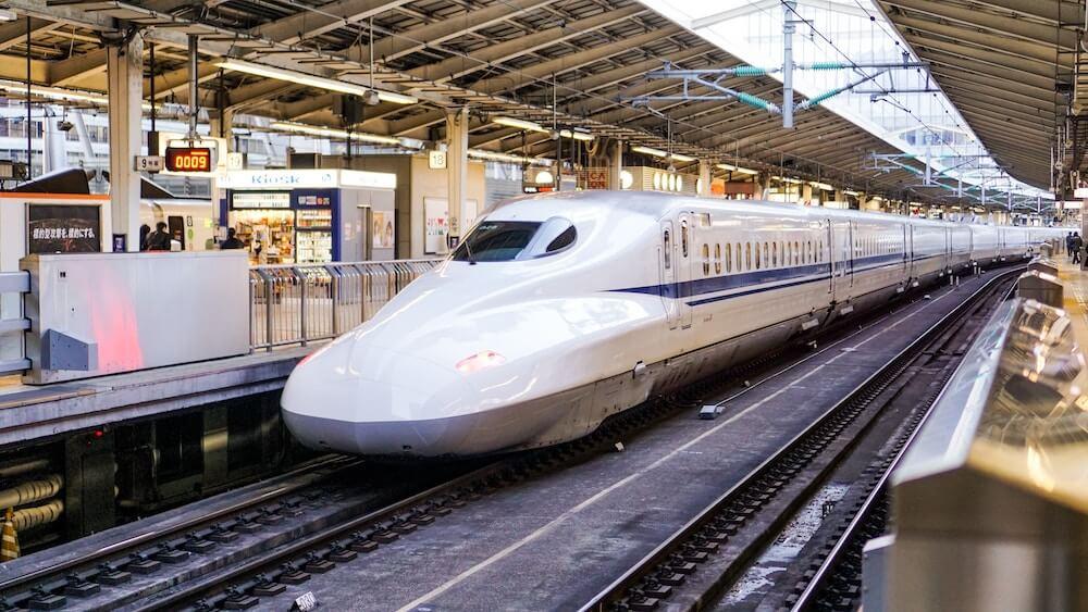 UiPath_Image_일본의 신칸센 고속철도