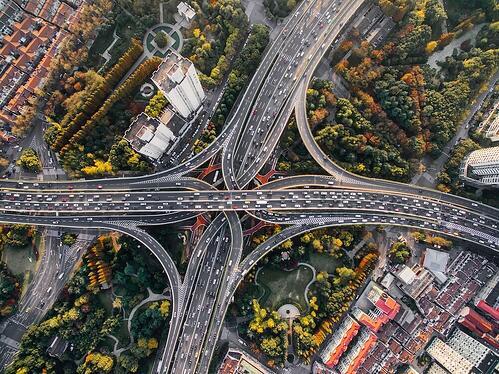 UiPath_Image_RPA vs API 통합 자동화 기술을 선택하는 방법