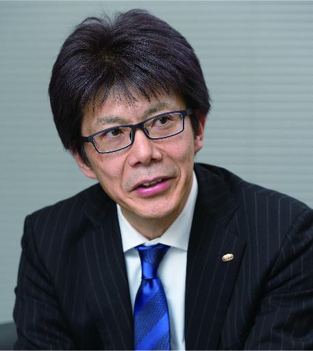中川 伸司氏